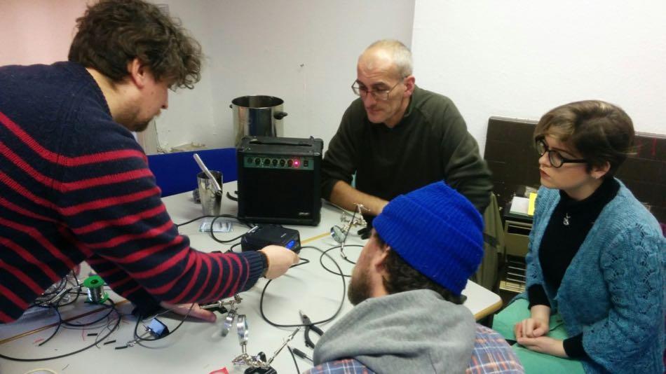 Reactor Halls E14: Cables - Contact Mic Workshop
